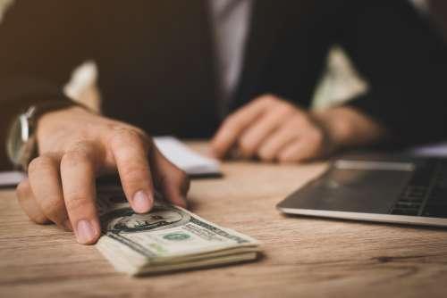 Vai Investir Dinheiro Pela Primeira Vez? Confira Os Primeiros Passos!