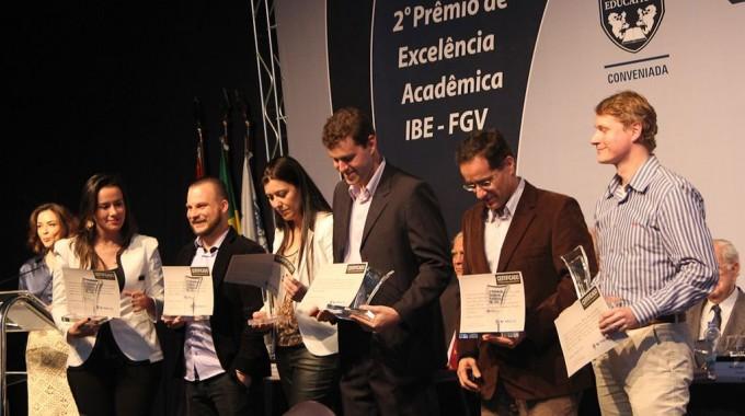 IBE Conveniada FGV Premia Docentes E Lança Livro Amanhã Em Campinas