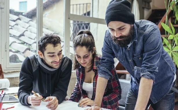 Equilíbrio Entre Vida Pessoal E Profissional é Prioridade Para Jovens