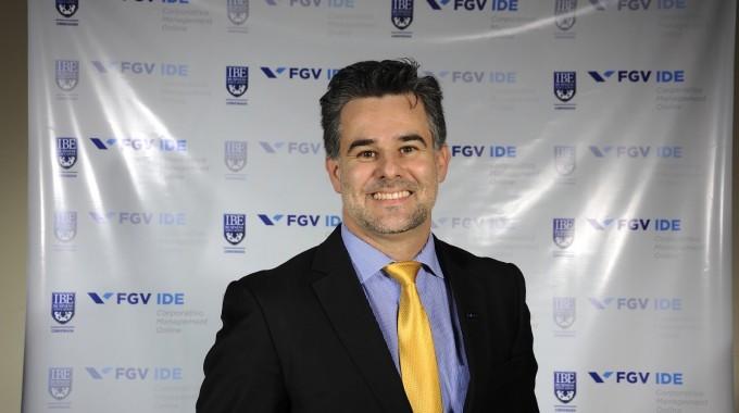 Prof André Ortiz