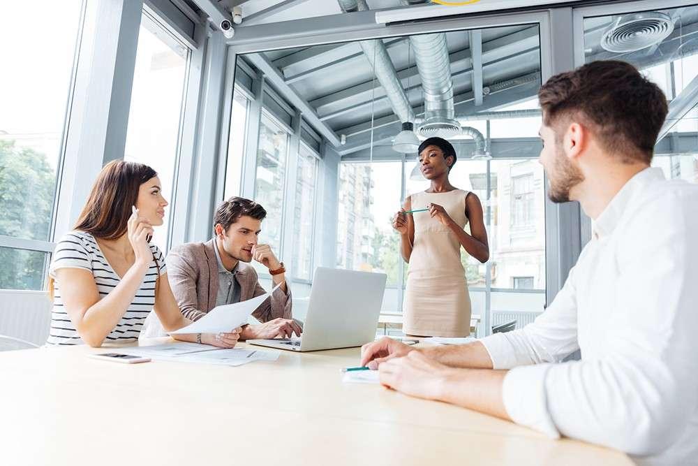 Quais São As Principais Diferenças Entre Líder E Chefe?