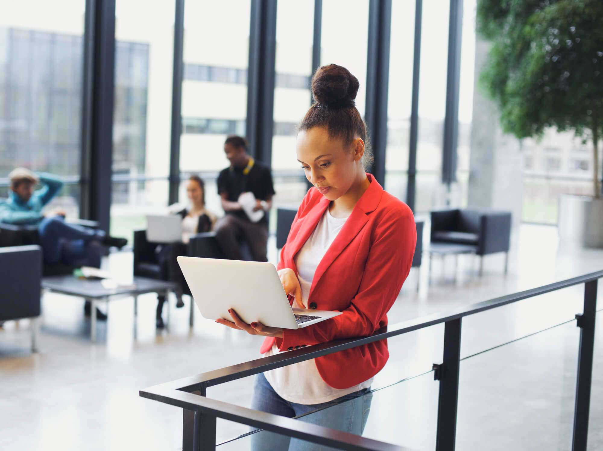 6 Cursos Que Sua Empresa Pode Oferecer Para Os Funcionários