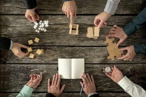 Jogos De Negócios: Pós ADM FGV Promove Dinâmica Real Do Programa No Interior De SP