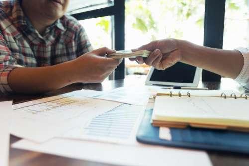 Empréstimo: Como Investir Em Uma Clínica E Conseguir Quitar Tudo Em Dia