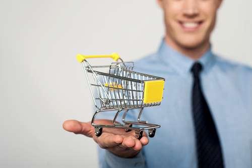 Muito Mais Que Vender: Mercado Exige Novo Perfil Para Profissional Do Varejo