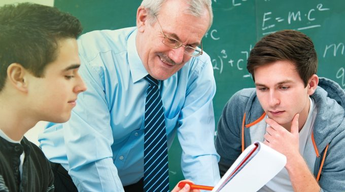Dia Do Professor: Profissionais Que Fazem A Diferença!
