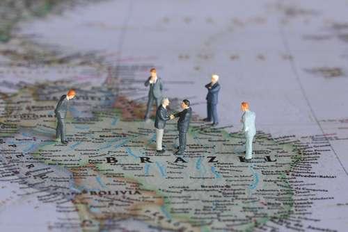Brasil é o terceiro país mais complexo para fazer negócios