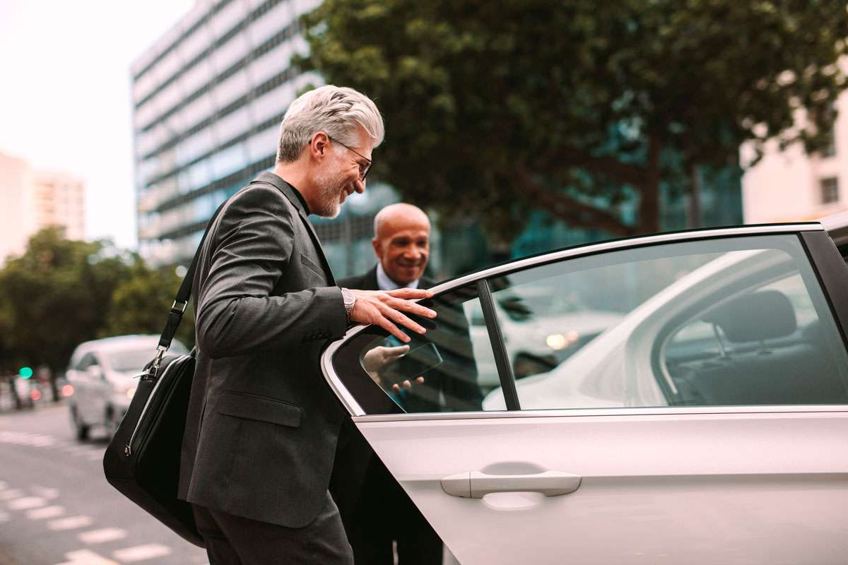 Carro, Táxi Ou Uber? Ainda Vale A Pena Ter Um Carro?
