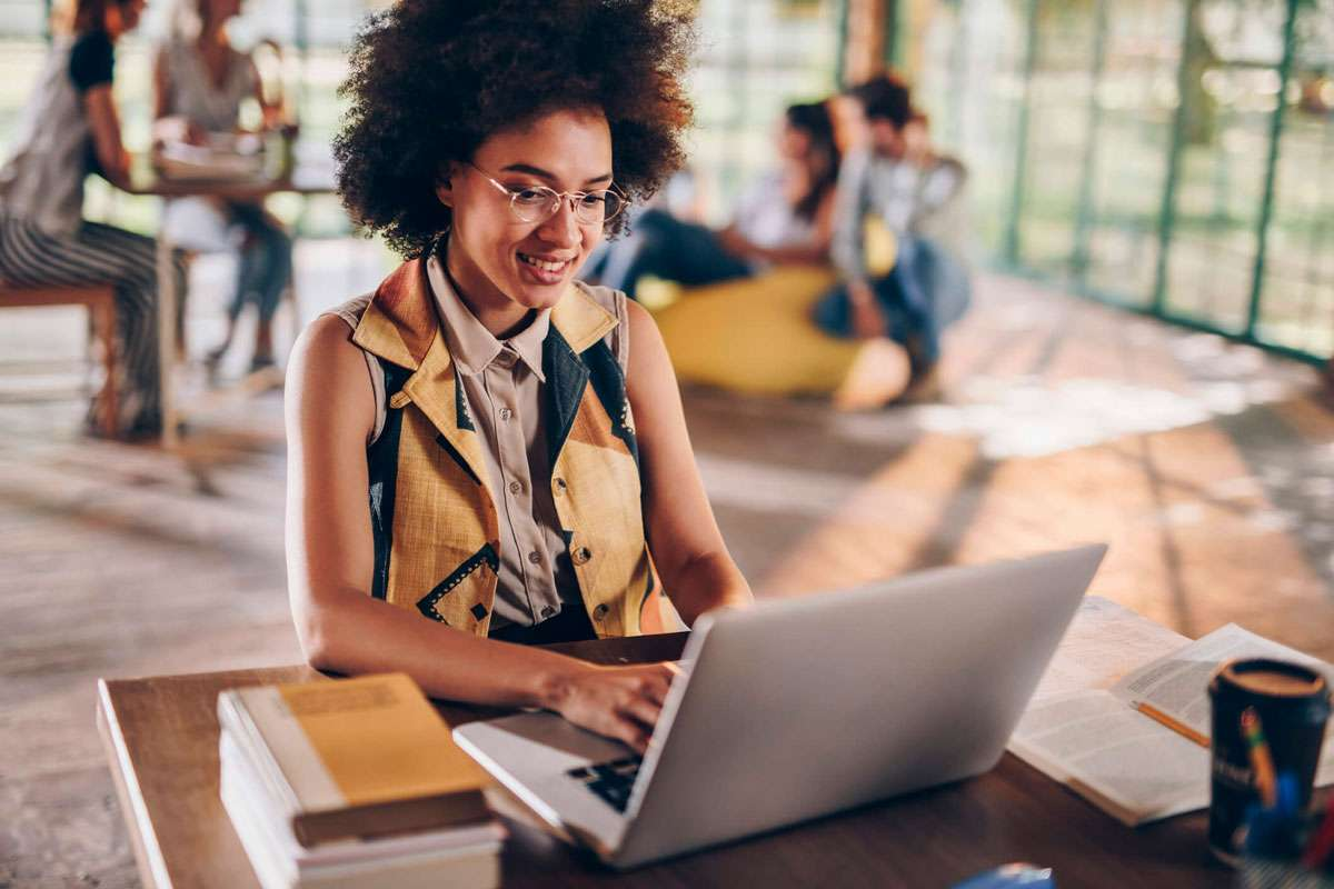 Por Que A Pós-graduação EAD Pode Ser A Melhor Opção Para Você?