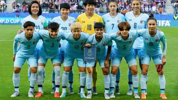 A CEO Que Mudou A História Do Futebol Feminino Na Tailândia
